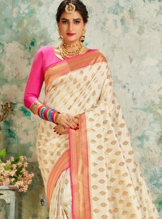 Gorgeous Off White Resham Work Pallu Saree