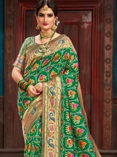 Snazzy Weaving Print Designer Saree