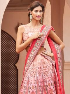 Captivative Look Silk Designer Lehenga Choli